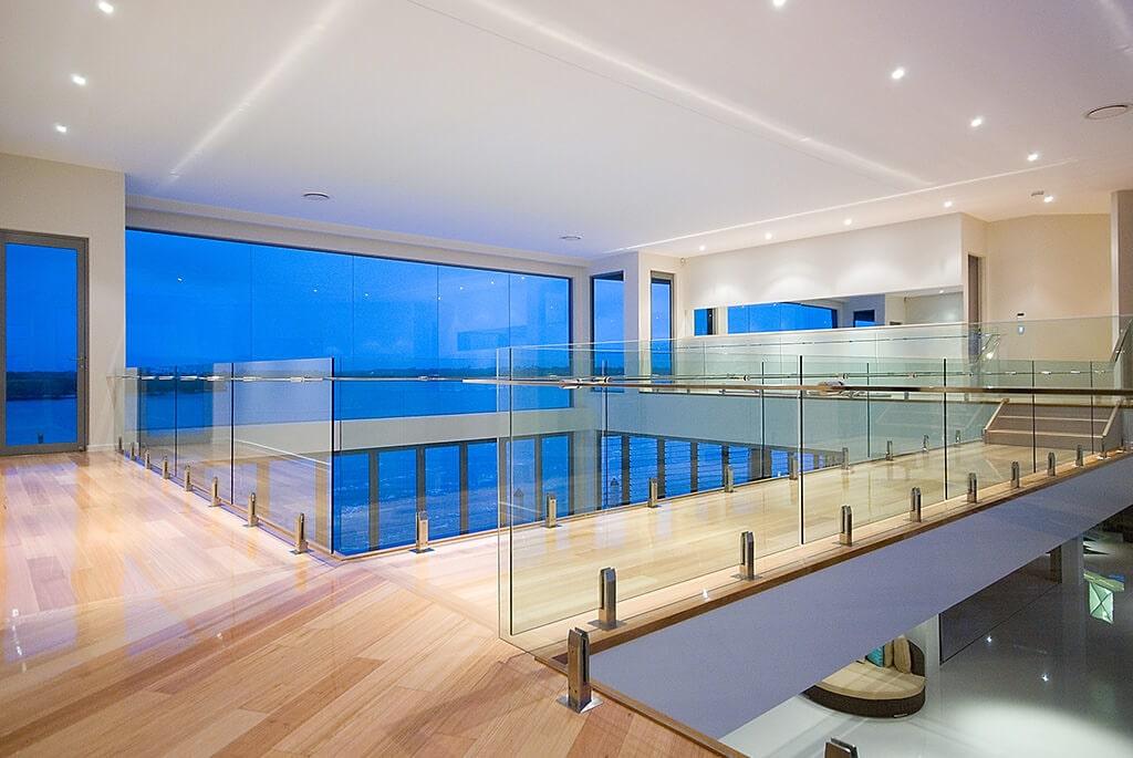 glass-balustrade-gold-coast-min