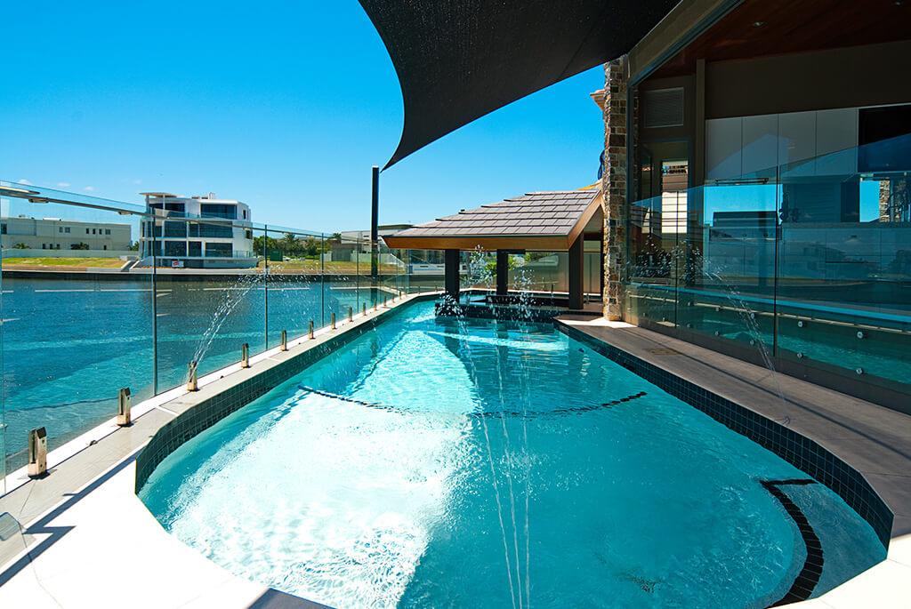 pool-fencing-gold-coast-min